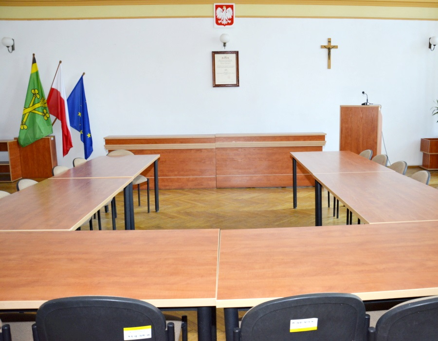 Ilustracja do informacji: Nadzwyczajna sesja rady powiatu
