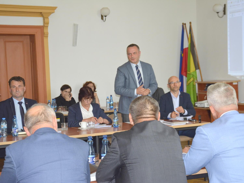 Ilustracja do informacji: 45. sesja rady powiatu