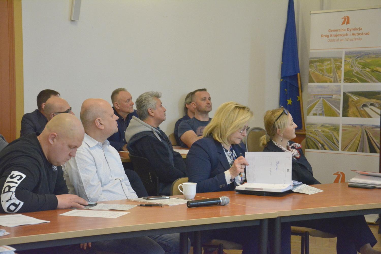 Ilustracja do informacji: Spotkanie konsultacyjne nt. A4 i S5
