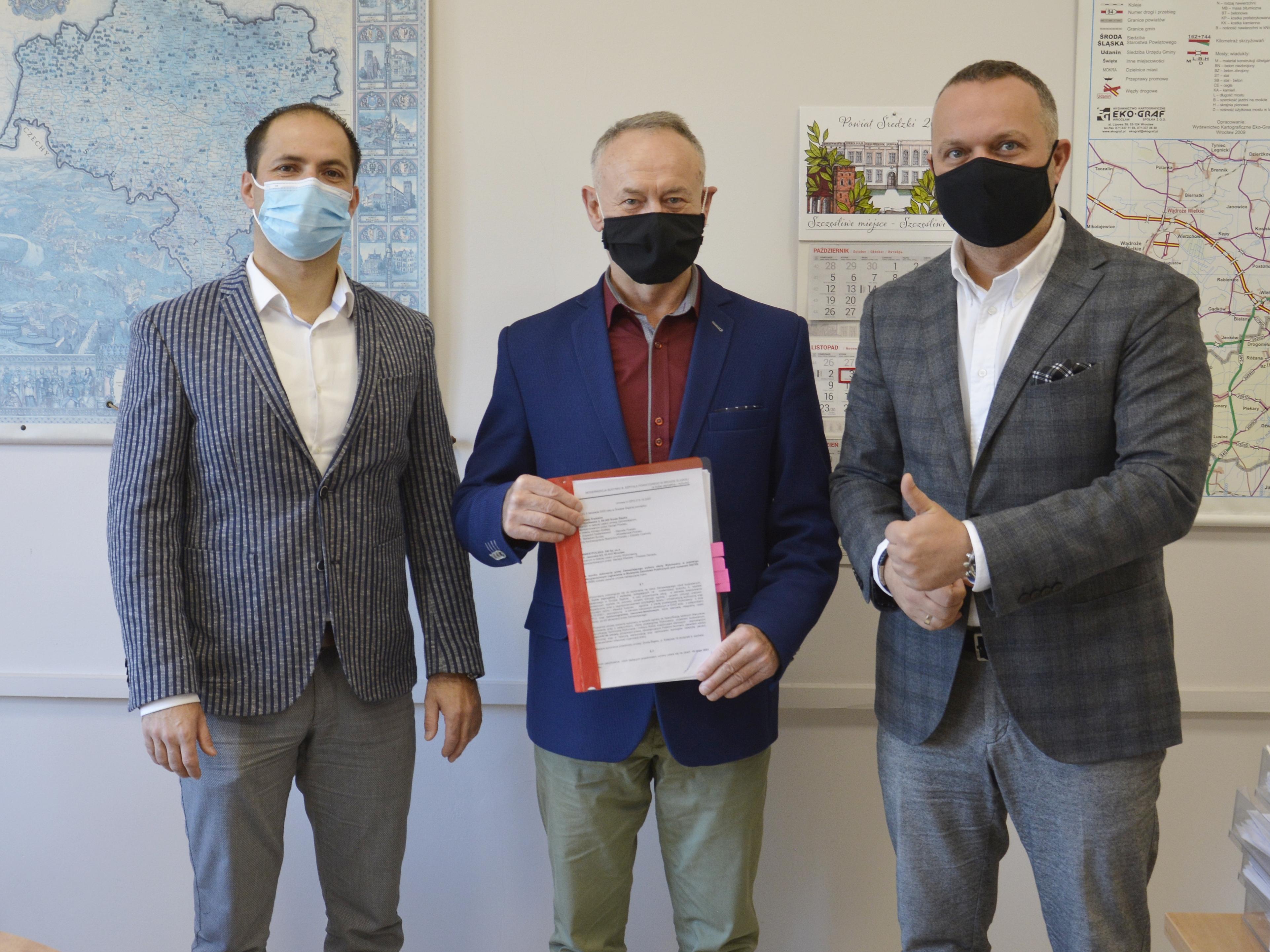 Ilustracja do informacji: Podpisano umowę na modernizację budynku byłego szpitala