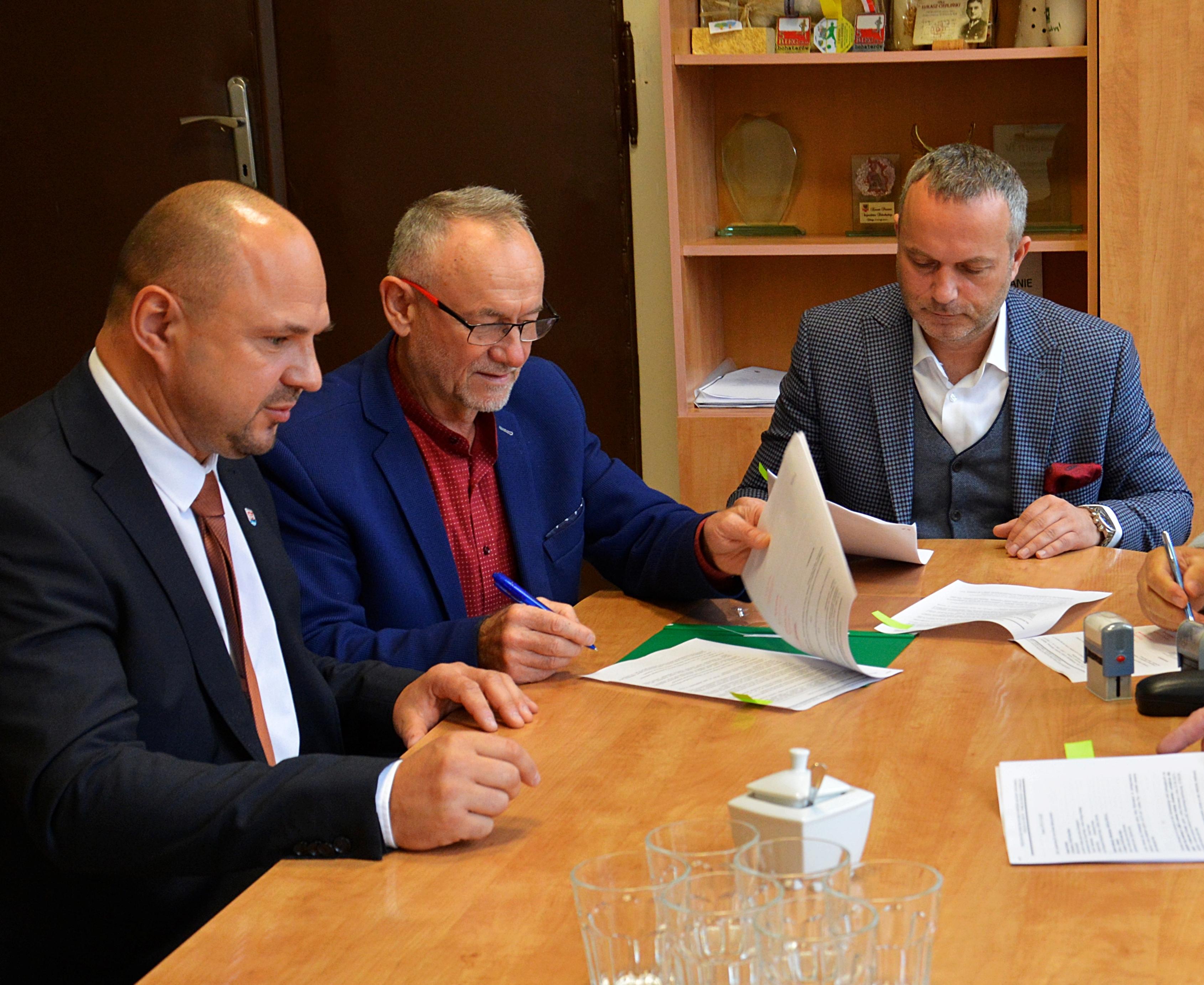 Ilustracja do informacji: Nowe zadania w zakresie poprawy bezpieczeństwa w Powiecie
